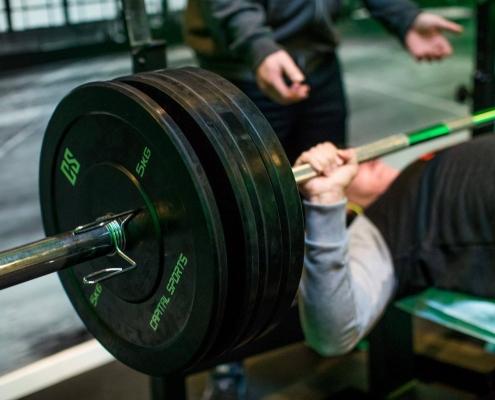 Bankdruecken-muskelwachstum
